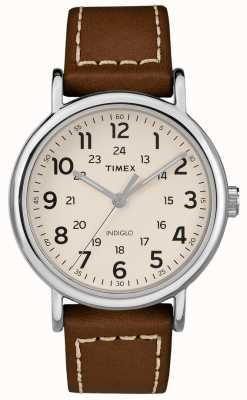Timex Męski weekendowy brązowy skórzany pasek z białą tarczą TW2R42400