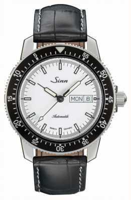 Sinn 104 st sa w klasycznej tłoczonej skórce z aligatora 104.012-BL44201851001225401A