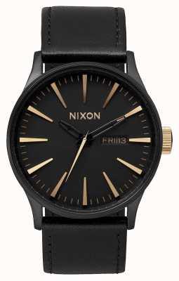 Nixon Skóra wartownicza   matowy czarny / złoty   czarny skórzany pasek   czarna tarcza A105-1041-00