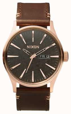 Nixon Skóra wartownicza   różowe złoto / brąz / brąz   brązowy skórzany pasek   A105-2001-00