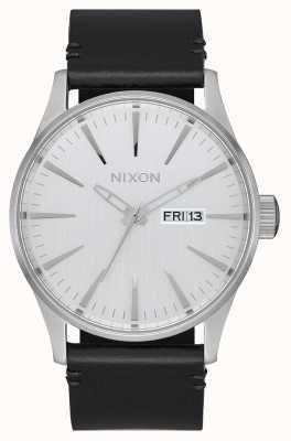 Nixon Skóra wartownicza   cały srebrny / czarny   czarny skórzany pasek   srebrna tarcza A105-2871-00
